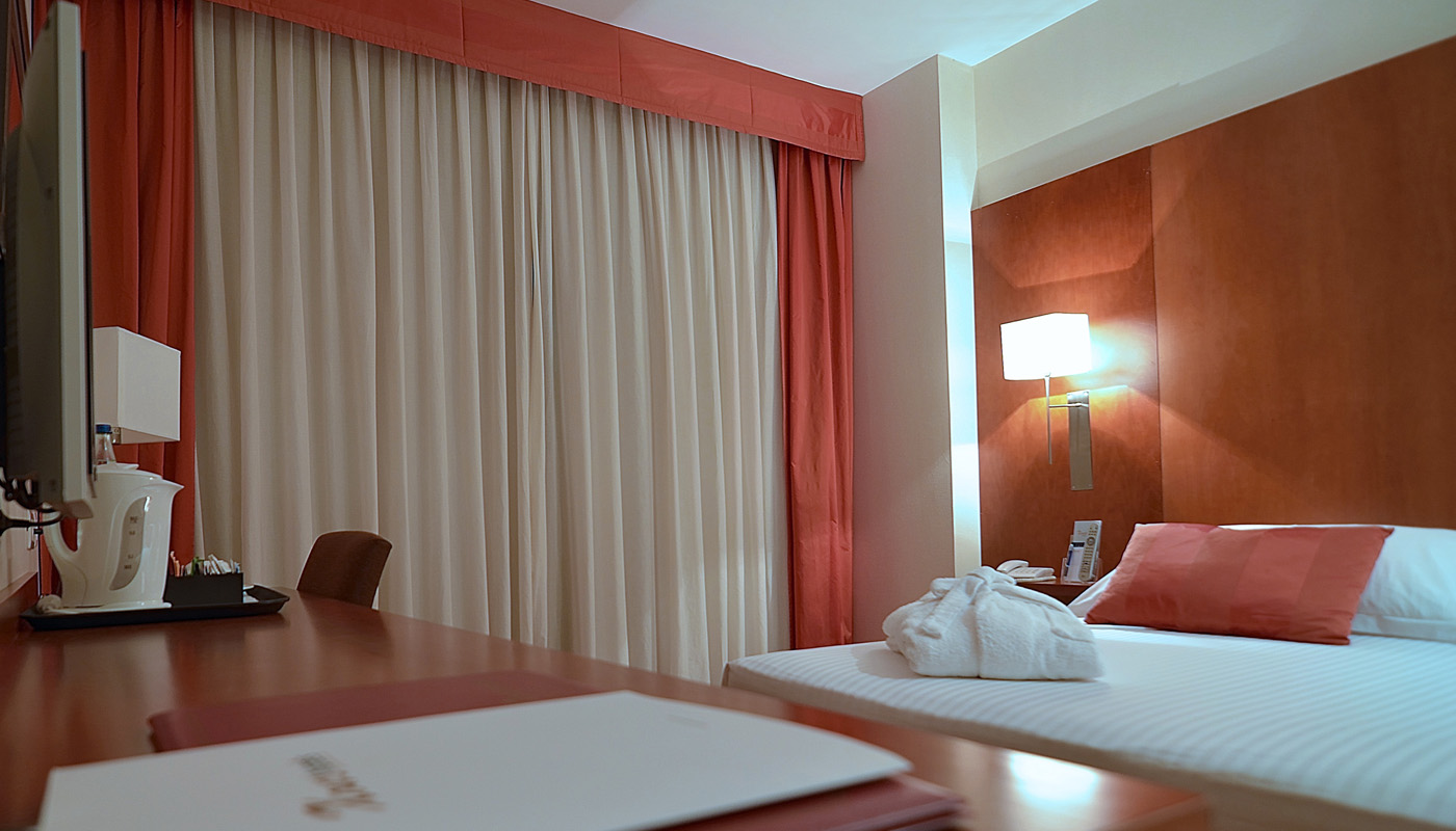 Habitaciones hotel xon 39 s valencia web oficial for Hotel diseno valencia